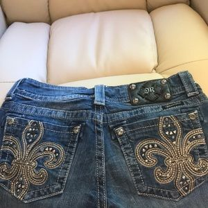 MISS ME JEANS. SIZE 27